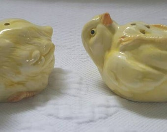 Vintage Fitz and Floyd BABY CHICKS salt and pepper shakers