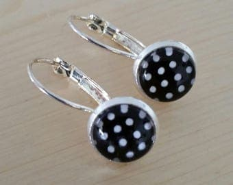 Black and white polka dot earrings