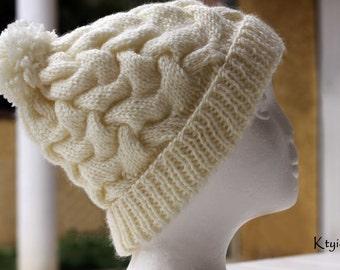 Bonnet femme tricot écru torsadé