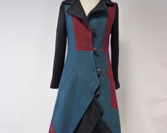 Winter sale. Exceptional felted coat, M size. Only one sample.