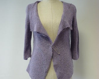 WINTER SALE. Causal warm lilac cardigan, M size.