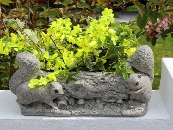 Squirrels Stone Garden PlanterSquirrels Round A Log Flower