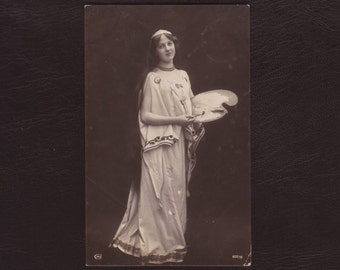 Girl with painters palette - Greek revival, muse, rppc, art nouveau, Greek dress, photo postcard, antique greeting card - 1905 (V4-27)