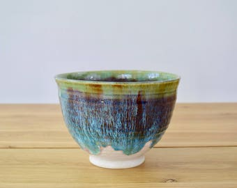 EDEN Collection: Eden Pearl. Large mixing bowl, serving bowl, serving dish, handmade pottery.  Vibrant bright colors