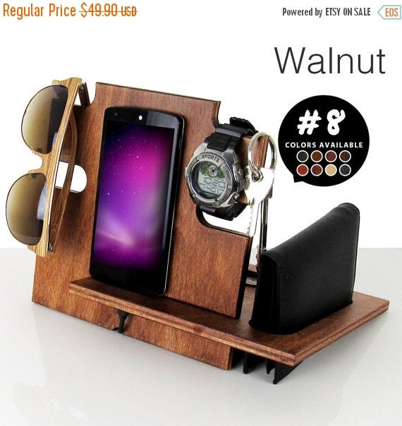 Mens birthday gift,birthday gift,gift for him,gift for men,gift for husband,gift for dad, birthday gifts,docking station,iphone dock,walnut