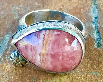 Rhodochrosite ring with textured band