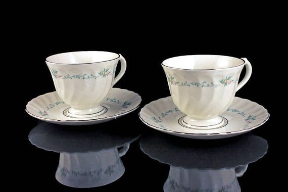 Teacups and Saucers, Syracuse China, Sweetheart Pattern, Silhouette, Set of 2, Floral Pattern, Platinum Trim