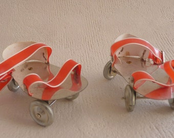 Retro Roller Dolls roll shoes 50s Vintage roller Skates