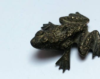 Pewter vintage frog figurine