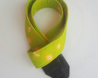 Citrus Daisy Chain Padded Bold Washable DSLR / SLR Camera Strap