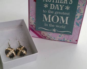 Greatest Mom Card and Glamorous Earring Gift Set