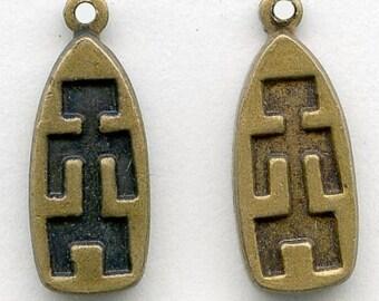 Vintage brass charm with primitive figure, 16x6mm pkg of 6. b9-0991(e)