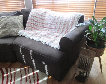 Vintage hand crochet pink and white Afghan