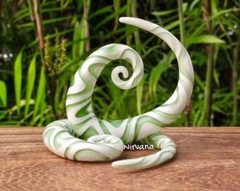 """1 Pair White & Translucent Light Green Snake Tear Drop Spirals Pyrex Glass 4g 2g 0g 00g 7/16"""" 1/2"""" 9/16"""" 5/8""""  5 mm 6 mm 8 mm 10 mm - 16 mm"""