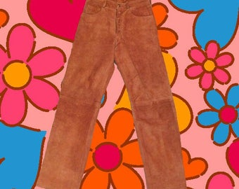 Excellent condition vintage brown tan real leather suede high waist trousers. UK size 8. From the 70s!!