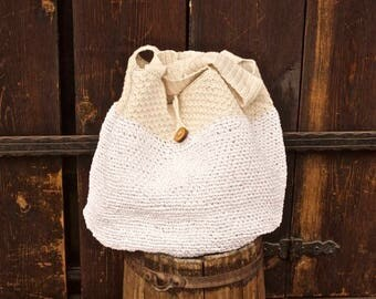 Summer shoulder bag - handmade from cotton and raffia yarn