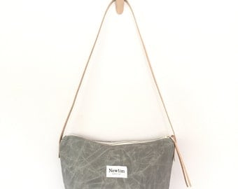 ALUMINUM / waxed canvas crossbody bag
