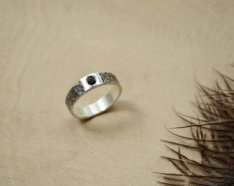 silver gothic wedding ring black cz stone black textured hand hammered boho style