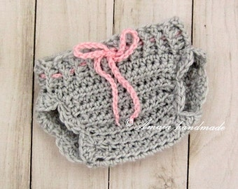 Grey diaper cover for baby girl - crochet diaper cover for Newborn to 12 Months - Great for every day use or for a newborn photo prop!