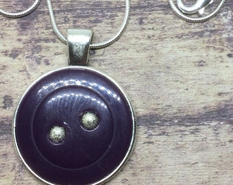Purple silver bead button necklace