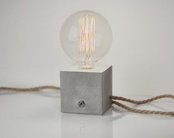 Concrete lamp with click-clack switch and jute cable. Concrete lamp. Concrete. Concrete table lamp. Desk Lamp. Table lamp
