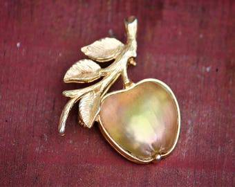 Golden Apple Brooch Sarah Coventry Pin