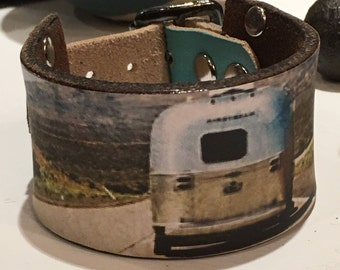Vintage airstream print leather band