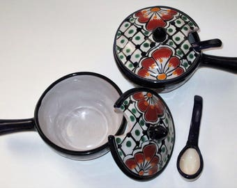 Talavera Salsa Bowl with Spoon//Set of 2 Bowls//Talavera Bowl//Bowl with Lid/Salsero//Talavera Salsa Dish//Mexican Pottery