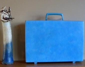 Spring Sale Vintage Samsonite Baby Blue Hard Shell Briefcase Attache - Rare Retro Case
