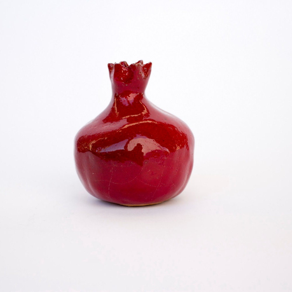 Ceramic pomegranate gift small pomegranate decor by for Pomegranate interior design decoration