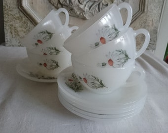 6 Espresso Arcopal Daisy, French Vintage Espresso Cups and Saucers, Milkglass Coffee Cups,