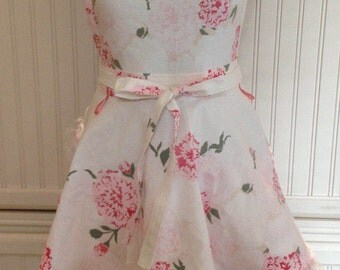 Vintage linens women's full apron - vintage flowered tablecloth - pink gingham - double circle skirts - lace ruffled hem - ruched bodice