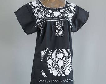 Hand Embroidered Vintage Mexican Dress, Traditional Oaxacan Flower Embroidery