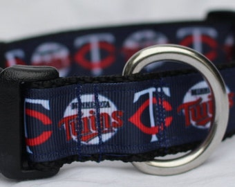 "Minnesota Twins Dog Collar - Side Release Buckle (1"" Width) - Martingale Available"
