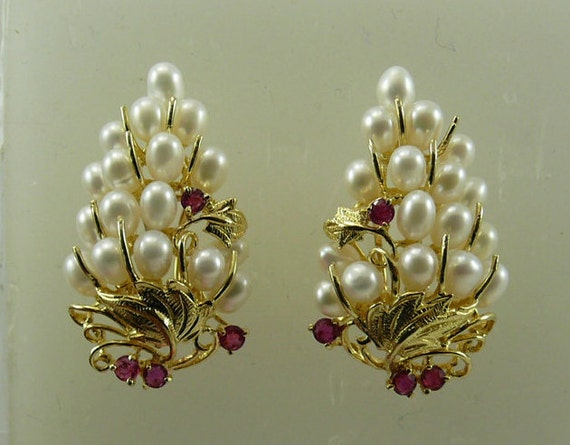 Freshwater White Pearl and Ruby Earring with 14k Yellow Gold