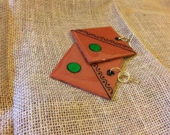 STATEMENT TRIBAL earring green and black on red clay african inspiration women wear big square