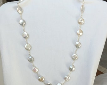 Classic white coin pearls & silver wire links necklace