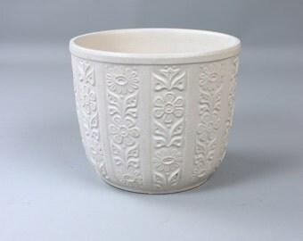 Vintage flower pot, planter, ceramic 840-17, made in Germany, white, planter 60s 70s