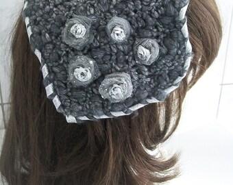 Headband crochet for ceremonies / / small silver gray //Chapeau crochet Hat silver crochet with small roses / / gray Bibi