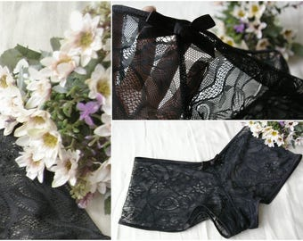 Black Lace Panties / Gothic Lace Panties / Black Lace Knickers / Black Bow Panties
