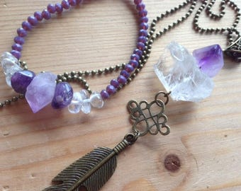 Adornment * Intention sacred *, amethyst and rock crystal gross feathers bronze color, long necklace, elastic bracelet