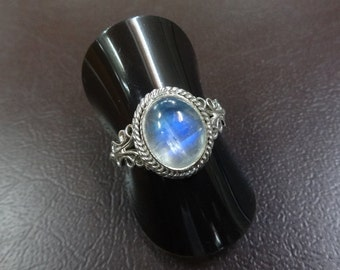 Classic 925 Sterling Silver Moon Stone Ring,Size-7.25US