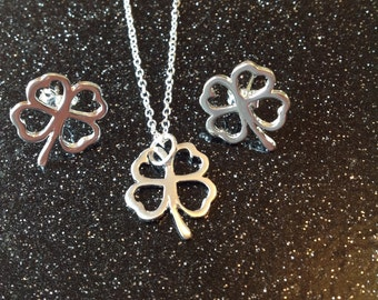 Lucky, clover, free, spell, ring, earrings, studs, silver, Jewelry, jewellery, psychic, charm, moon, tarot, Magic, sacred, love, wife, leaf.