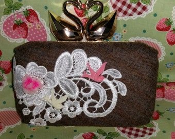 Swan clasp adorable box clutch