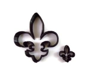 Fleur De Lis Cookie Cutter - French Coat of Arms Fondant Cutter - Fleur-De-Lis Cupcake Topper
