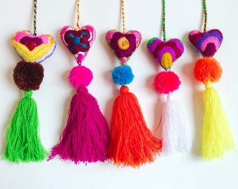 Mexican pom pom, Heart pom pom bag charm, Pom pom bag charm, Pom pom Mexico, Pom pom purse charm, Pom pom charm, Pom pom tassel