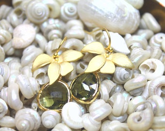 Gold Plated Orchid with Olive Green faceted glass Earings decoration Dangle Drop