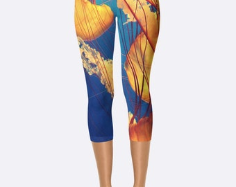 Fish Leggings // Workout Leggings // Gym Leggings // Jellyfish Leggings // Ocean Leggings // Jellyfish Tights // Capri Leggings // Jellyfish