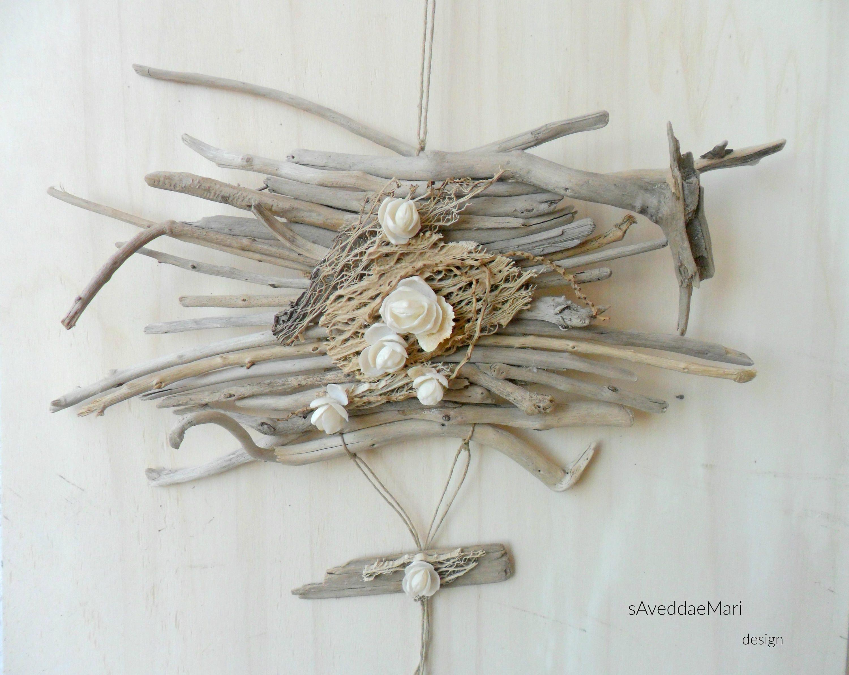 Quadro in legni di mare e conchiglie decorazioni estive home for Legni di mare arredamento