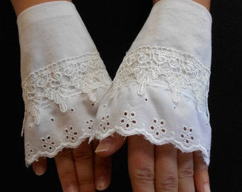 Lace wedding gloves, Victorian lace gloves, Tea gloves, Regency gloves, fingerless gloves, lace cuffs